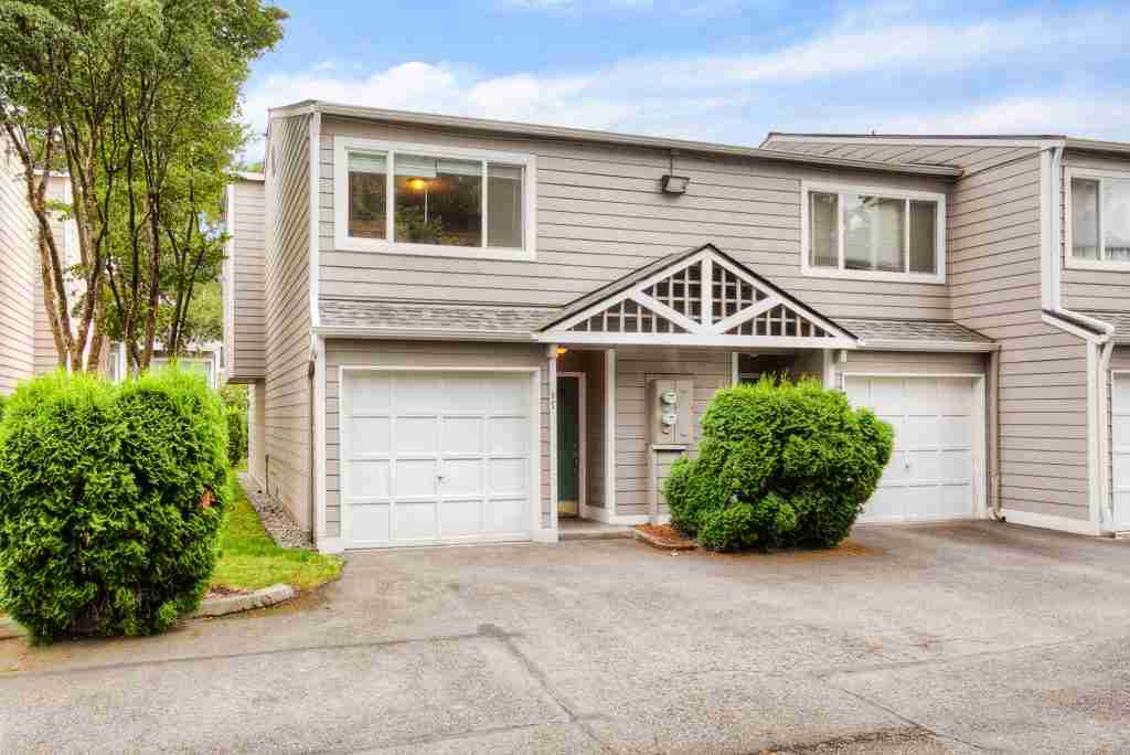 Exterior shot of a home for sale Auburn WA